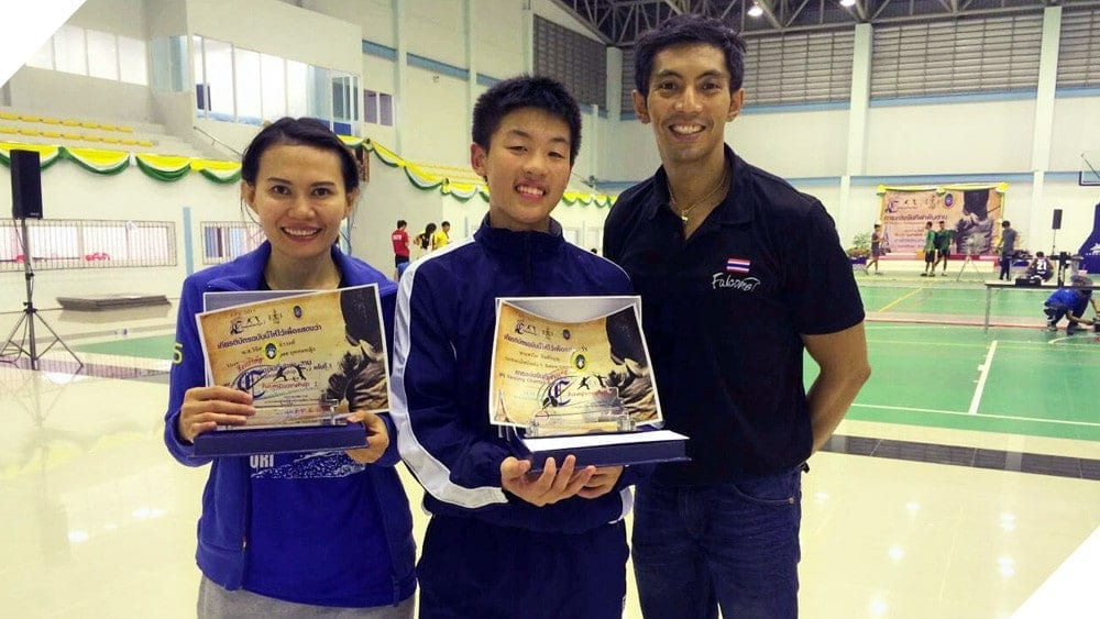 Falcon Fencer Wins Silver at 2015 IPE Fencing Competition
