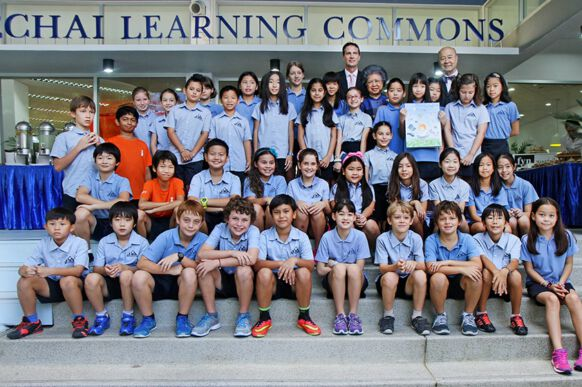 Khun Mechai Opens the Learning Commons at NIST 1